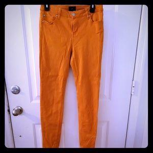Celebrity Pink orange skinny jesns